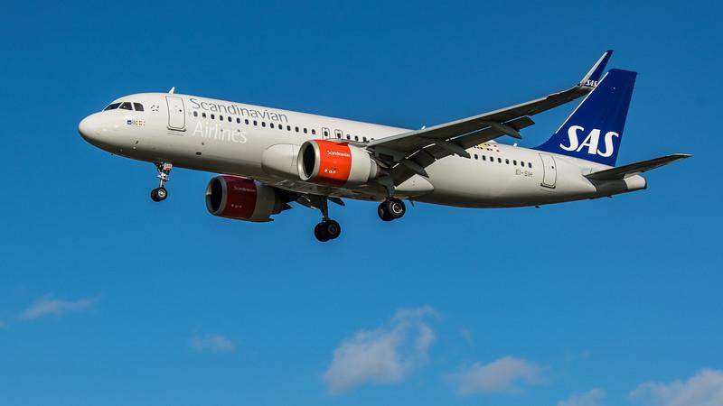 SAS - Airbus A320-251N (EI-SIH) - Heathrow Airport (March 2020)