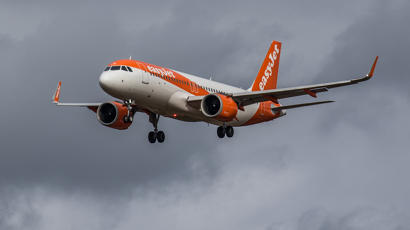 easyJet - Airbus A320-251N (G-UZLG) - Edinburgh Airport (March 2020)