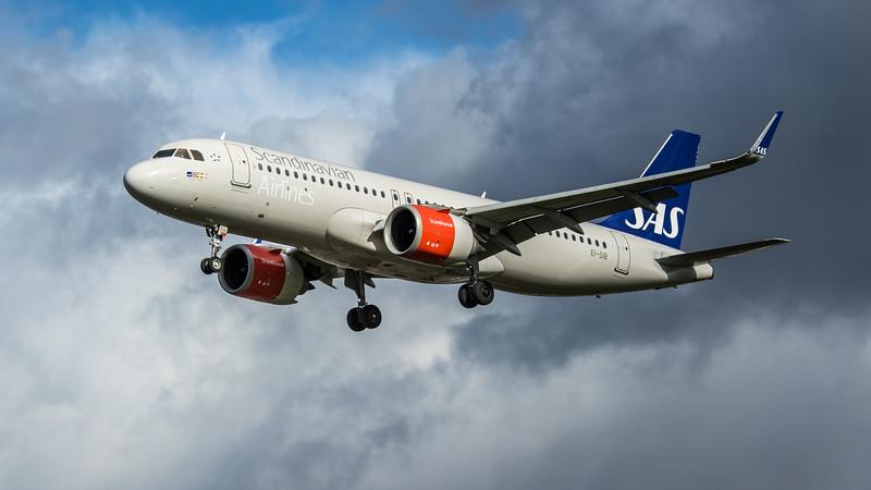 SAS - Airbus A320-251N (EI-SIB) - Heathrow Airport (February 2020)