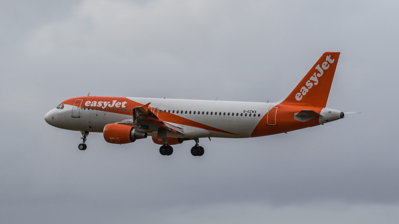 easyJet - Airbus A320-214 (G-EZWA) - Edinburgh Airport (January 2020)
