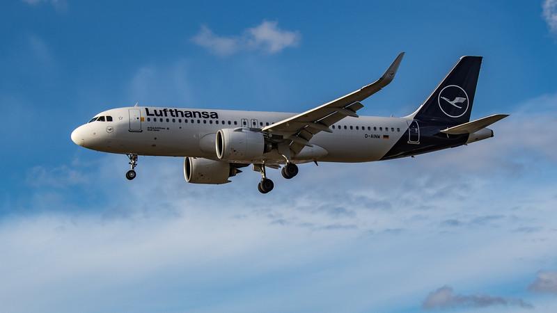 Lufthansa - Airbus A320-271N (D-AINW) - Heathrow Airport (August 2020)