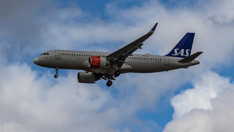SAS - Airbus A320-251N (SE-ROA) - Heathrow Airport (August 2020)