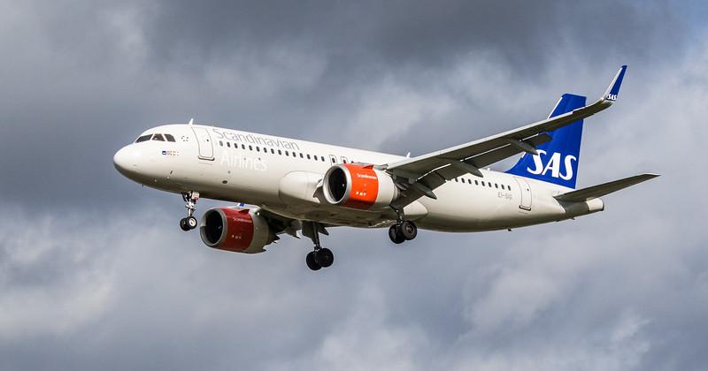 Scandinavian Airlines Ireland - Airbus A320-251N (EI-SIG) - Heathrow Airport (March 2019)