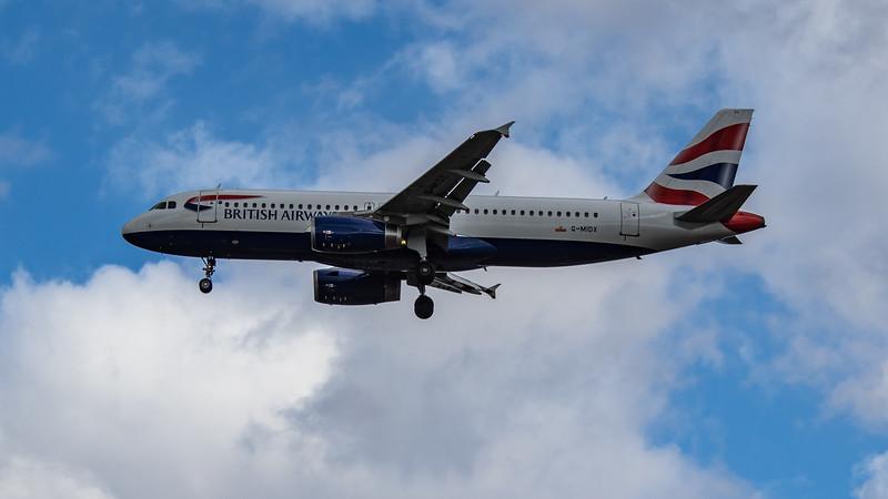 British Airways - Airbus A320-232 (G-MIDX) - Heathrow Airport (August 2020)