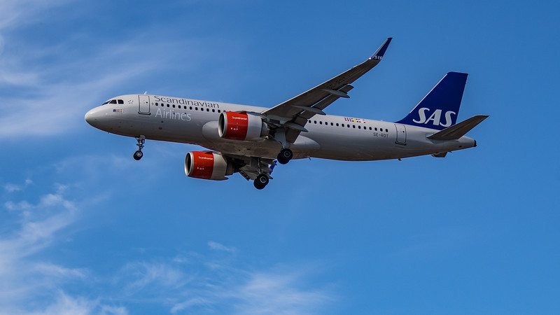 SAS - Airbus A320-251N (SE-ROT) - Heathrow Airport (July 2020)