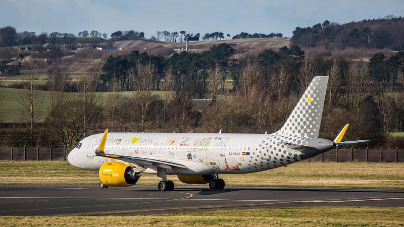 Vueling (We ♥ Places Livery)  - Airbus A320-271N (EC-NAJ) - Edinburgh Airport (February 2020)