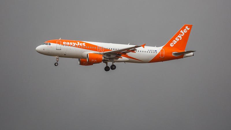 easyJet - Airbus A320-214 (G-EZTG) - Edinburgh Airport (February 2020)