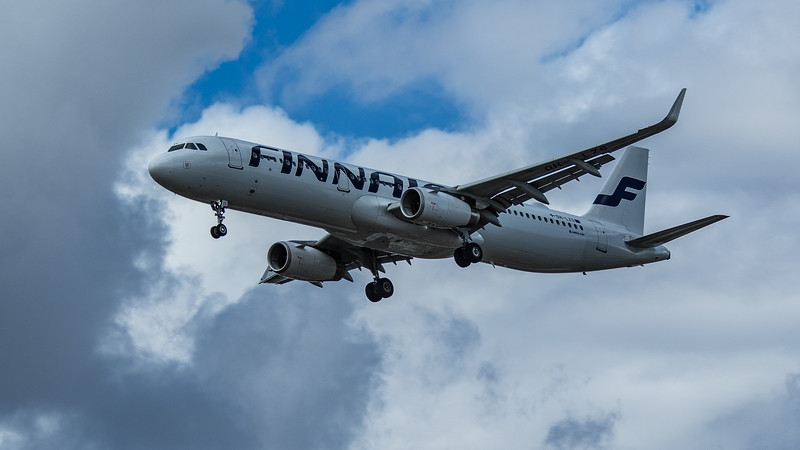 Finnair - Airbus A321-231 (OH-LZS) - Heathrow Airport (June 2020)