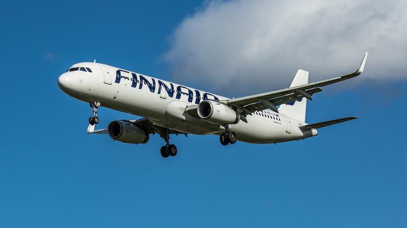 Finnair - Airbus A321-231 (OH-LZU) - Heathrow Airport (March 2020)
