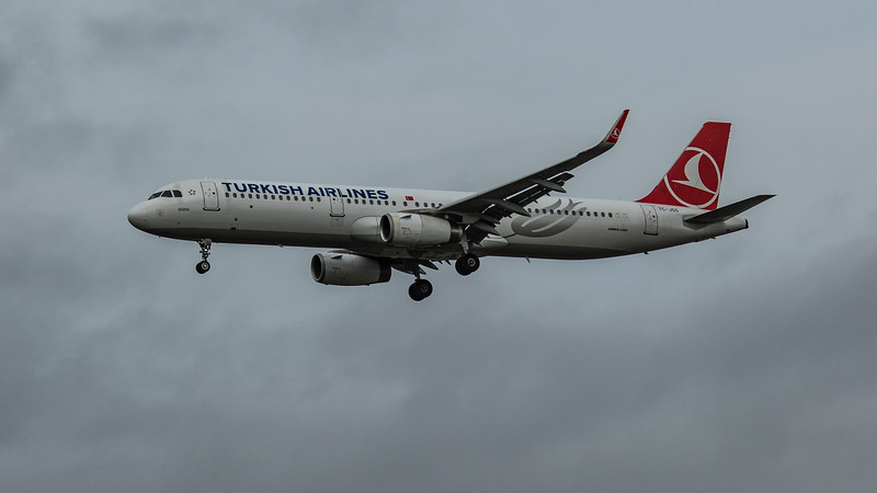 Turkish Airlines - Airbus A321-231 (TC-JSS) - Heathrow Airport (March 2020)