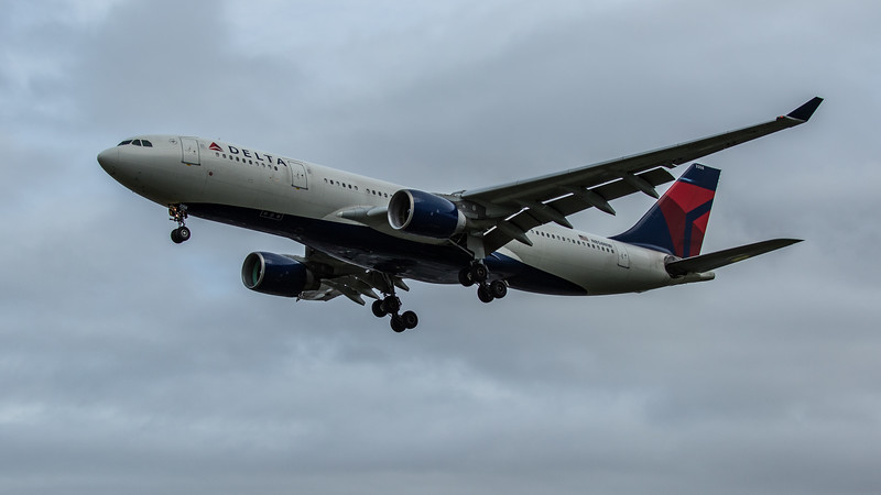 Delta Airlines - Airbus A330-223 (N858NW) - Heathrow Airport (February 2020)