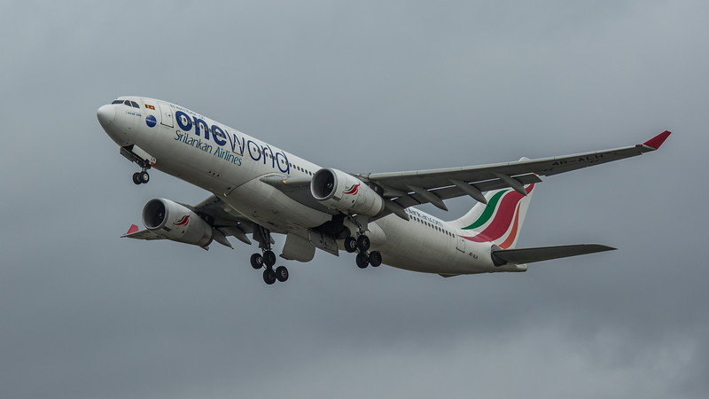 SriLankan Airways (One World Livery) - Airbus A330-243 (4R-ALH) - Heathrow Airport (March 2020)