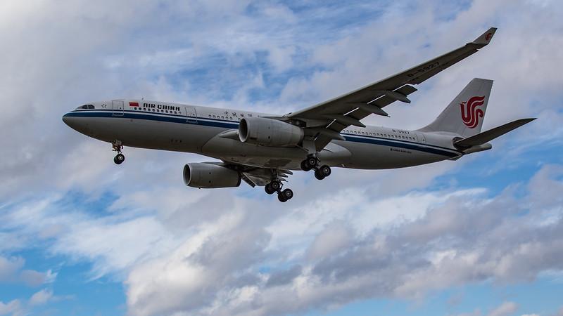 Air China - Airbus A330-243 (B-5927) - Heathrow Airport (June 2020)