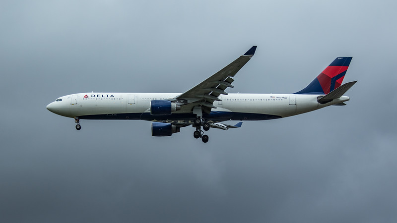 Delta Airlines - Airbus A330-323 (N807NW) - Heathrow Airport (June 2020)
