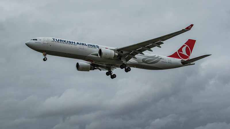 Turkish Airlines - Airbus A330-303 (TC-JNZ) - Heathrow Airport (March 2020)