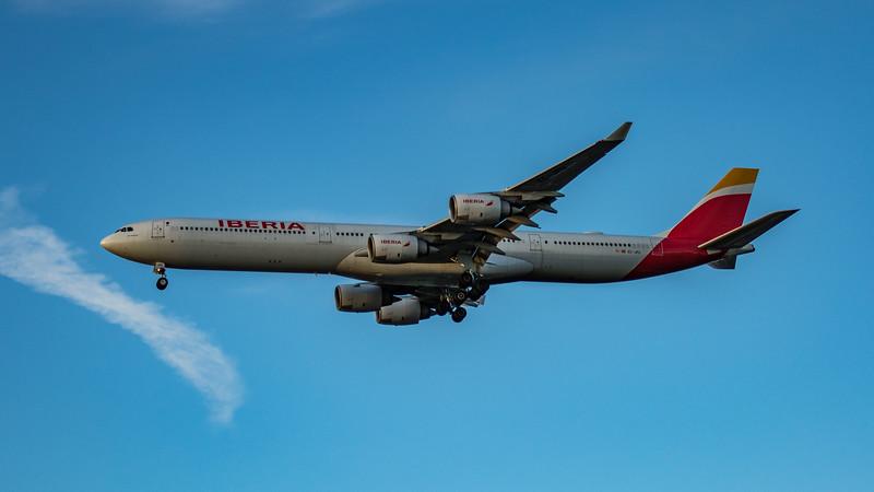 Iberia - Airbus A340-642 (EC-JPU) - Heathrow Airport (March 2020)