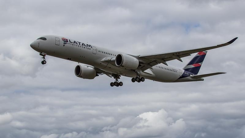 LATAM Airlines - Airbus A350-941 (PR-XTE) - Heathrow Airport (June 2020)