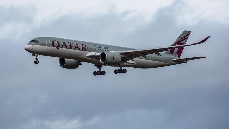 Qatar Airways - Airbus A350-941 (A7-ALK) - Edinburgh Airport (February 2020)