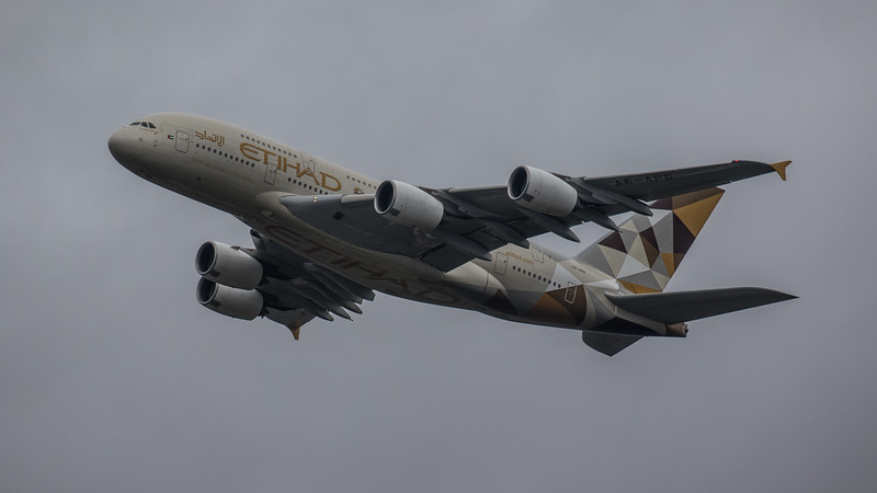 Etihad - Airbus A380-861 (A6-APB) - Heathrow Airport (February 2020)
