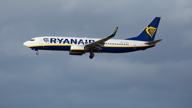 Ryanair - Boeing 737-8AS (EI-DPG) - Edinburgh Airport (February 2020)