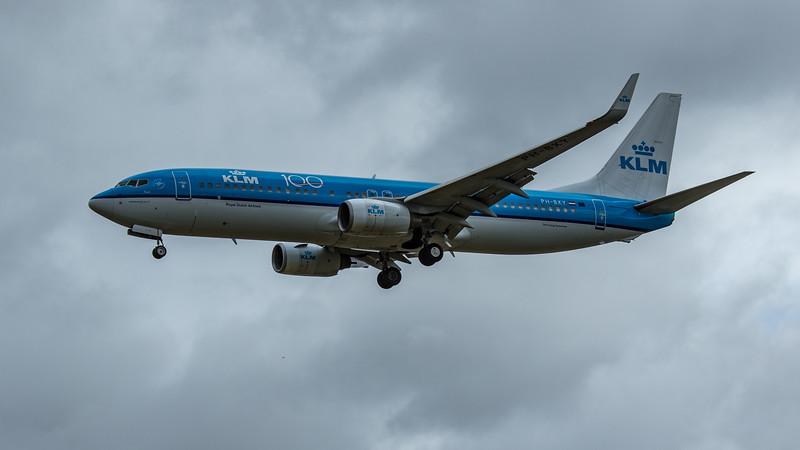 KLM - Boeing 737-8K2 (PH-BXY) - Heathrow Airport (June 2020)