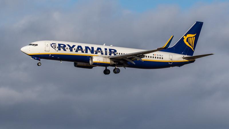 Ryanair - Boeing 737-8AS (EI-DLJ) - Edinburgh Airport (February 2020)