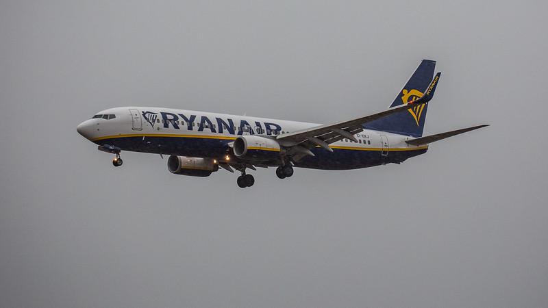 Ryanair - Boeing 737-8AS (EI-EKJ) - Edinburgh Airport (February 2020)