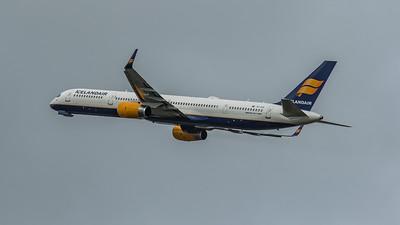 Icelandair - Boeing 757-308 (TF-FIX) - Heathrow Airport (March 2020)