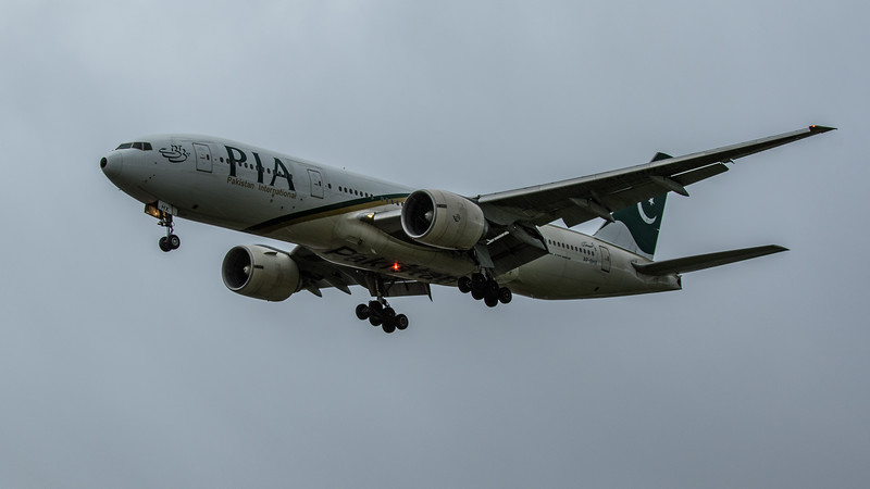 Pakistan International Airlines - Boeing 777-240(ER) (AP-BHX) - Heathrow Airport (February 2020)
