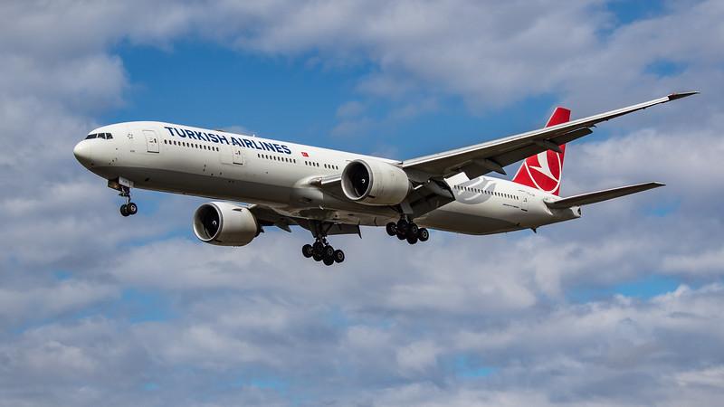 Turkish Airlines - Boeing 777-3F2(ER) (TC-JJI) - Heathrow Airport (August 2020)