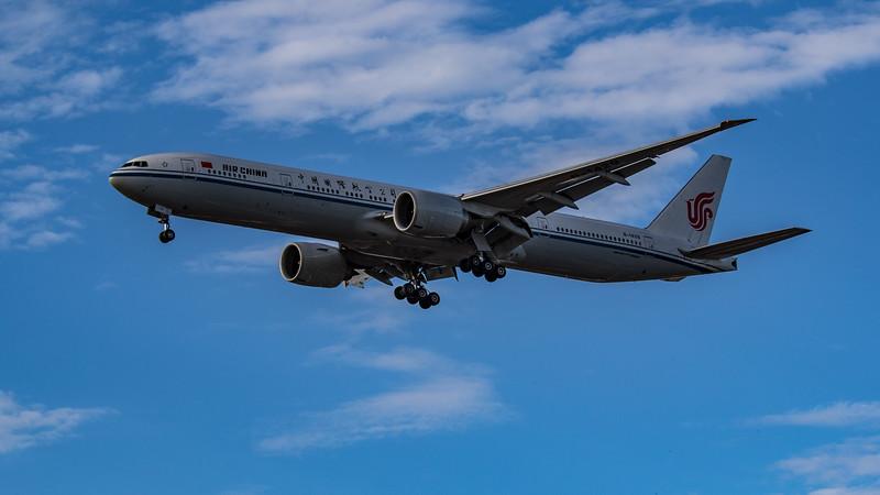 Air China - Boeing 777-39L(ER) (B-1429) - Heathrow Airport (July 2020)