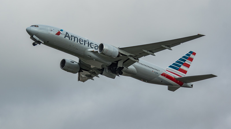 American Airlines - Boeing 777-223(ER) (N776AN) - Heathrow Airport (March 2020)