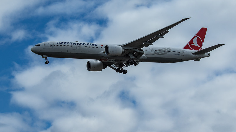 Turkish Airlines - Boeing 777-3F2(ER) (TC-JJY) - Heathrow Airport (June 2020)