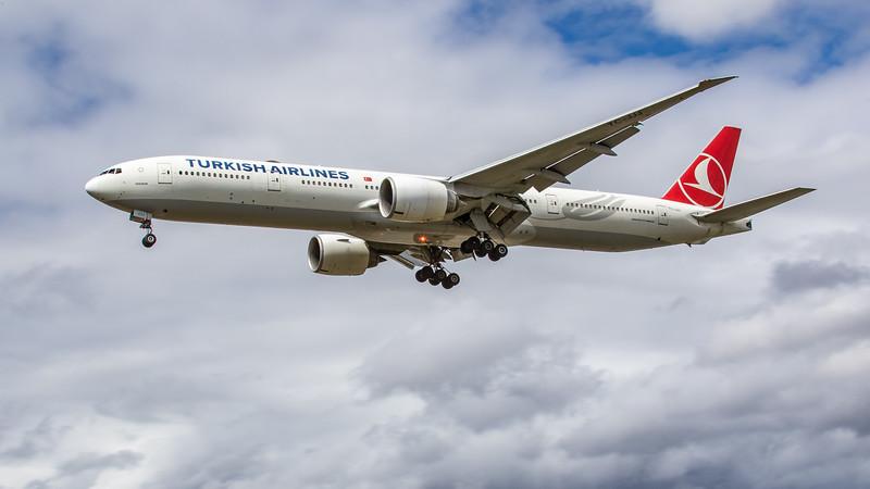Turkish Airlines - Boeing 777-3F2(ER) (TC-JJJ) - Heathrow Airport (June 2020)