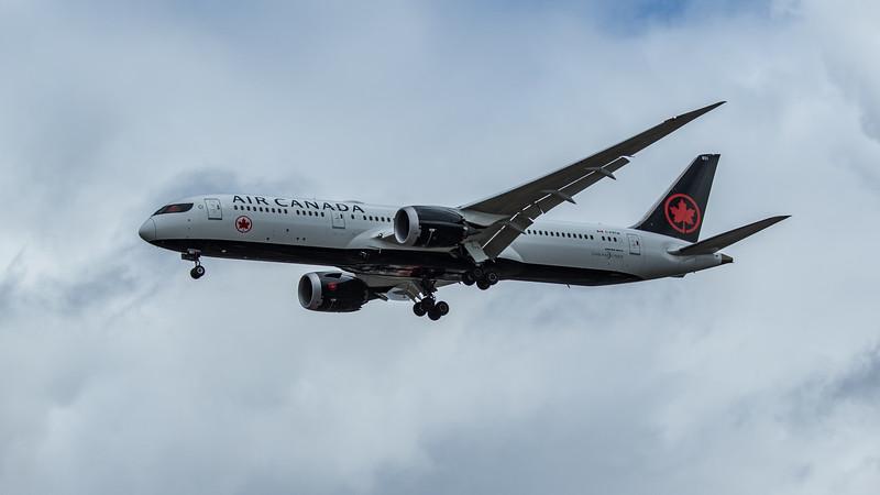 Air Canada - Boeing 787-9 Dreamliner (C-FRTW) - Heathrow Airport (June 2020)