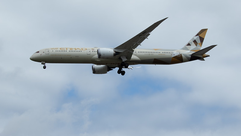 Etihad - Boeing 787-10 Dreamliner (A6-BMB) - Heathrow Airport (June 2020)