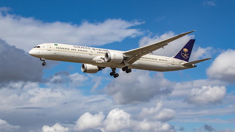 Saudia - Boeing 787-10 Dreamliner (HZ-AR25) - Heathrow Airport (August 2020)