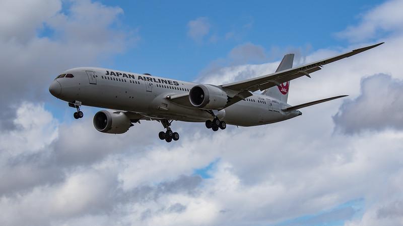 Japan Airlines - Boeing 787-9 Dreamliner (JA867J) - Heathrow Airport (June 2020)