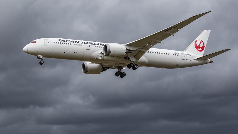 Japan Airlines - Boeing 787-9 Dreamliner (JA861J) - Heathrow Airport (June 2020)