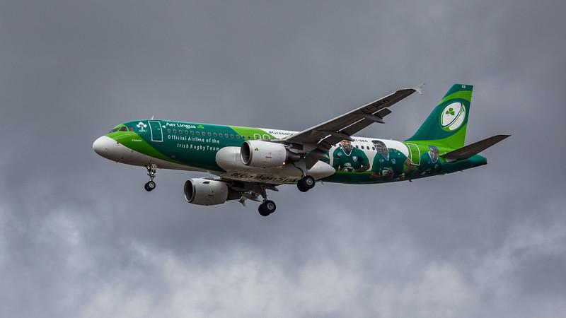 Aer Lingus (Irish Rugby Team Livery)  - Airbus A320-214 (EI-DEO) - Heathrow Airport (August 2020)