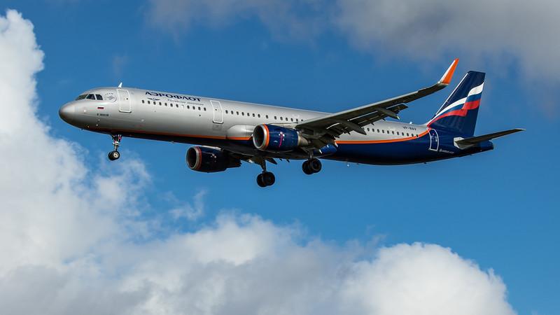 Aeroflot - Airbus A321-211 (VP-BAV) - Heathrow Airport (February 2020)