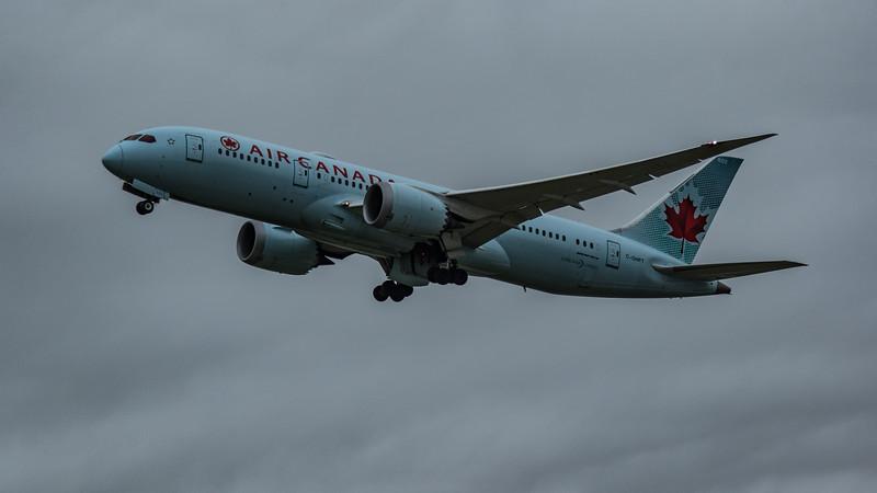 Air Canada - Boeing 787-8 Dreamliner (C-GHPT) - Heathrow Airport (March 2020)