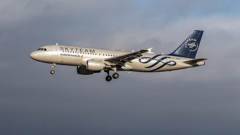 Air France - Airbus A320-214 (F-GKXS) - Edinburgh Airport (February 2020)