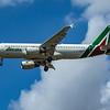 Alitalia - Airbus A320-216 (EI-DSW) - Heathrow Airport (June 2020)