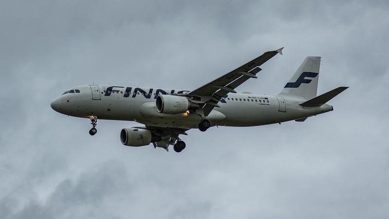 Finnair - Airbus A320-214 (OH-LXH) - Heathrow Airport (March 2020)
