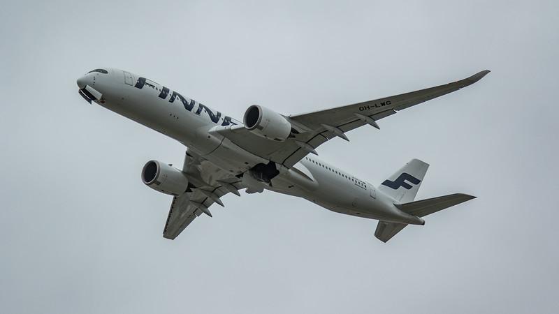 Finnair - Airbus A350-941 (OH-LWG) - Heathrow Airport (March 2020)