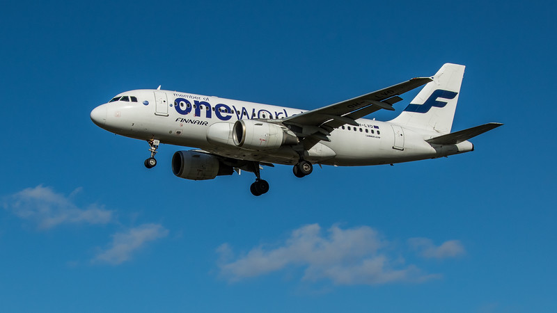 Finnair (One World Livery)  - Airbus A319-112 (OH-LVD) - Heathrow Airport (March 2020)