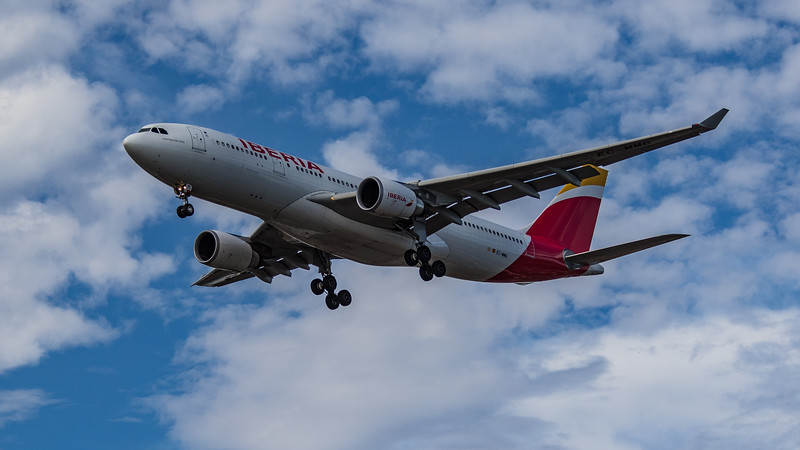 Iberia - Airbus A330-202 (EC-MMG) - Heathrow Airport (July 2020)