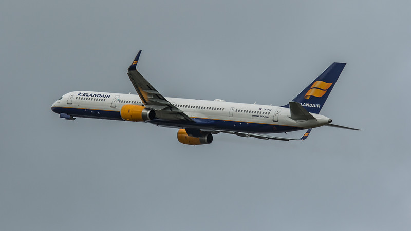 Icelandair - Boeing 757-308 (TF-FIX) - Heathrow Airport (March 2020)
