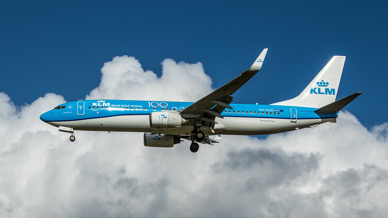KLM - Boeing 737-8K2 (PH-HSE) - Heathrow Airport (February 2020)